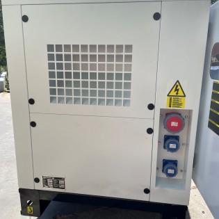 BLACK + DECKER Groupe électrogène Inverter 2200W silencieux BXGNi2200E